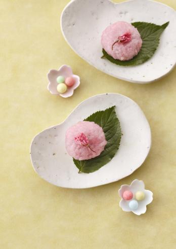 Wagashi「Cherry flavored rice cake」:スマホ壁紙(1)
