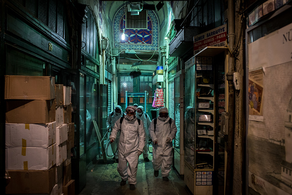 Turkey - Middle East「Disinfecting Teams Clean Istanbul's Grand Bazaar Amid Coronavirus Outbreak」:写真・画像(19)[壁紙.com]