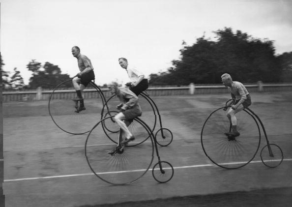 Cycling「Old Time Cyclists」:写真・画像(9)[壁紙.com]