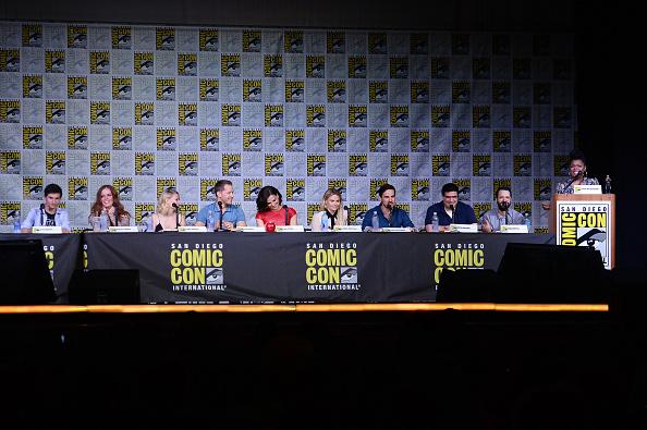 "Emilie De Ravin「Comic-Con International 2016 - ""Once Upon A Time"" Panel」:写真・画像(16)[壁紙.com]"