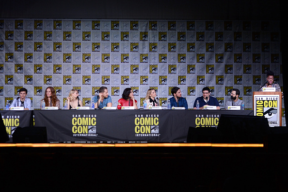 "Emilie De Ravin「Comic-Con International 2016 - ""Once Upon A Time"" Panel」:写真・画像(15)[壁紙.com]"