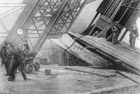 エッフェル塔「Eiffel Construction」:写真・画像(13)[壁紙.com]