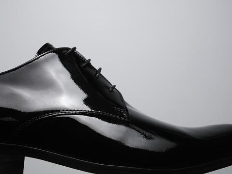 Shoe「Black patent leather shoe」:スマホ壁紙(1)