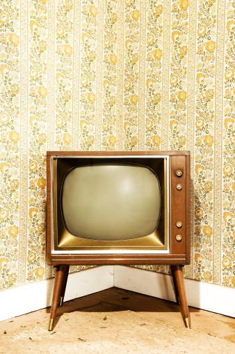 Funky「Grunge Television」:スマホ壁紙(6)