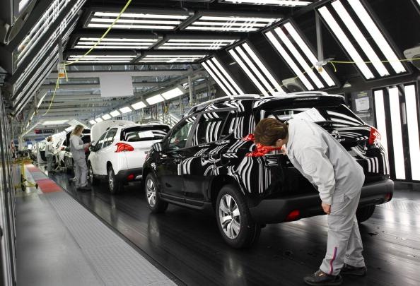 Mulhouse「Automobile Production At PSA Peugeot Citroen Plant In Mulhouse」:写真・画像(7)[壁紙.com]