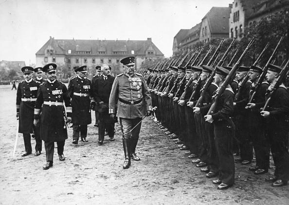 In A Row「Paul Von Hindenburg」:写真・画像(11)[壁紙.com]