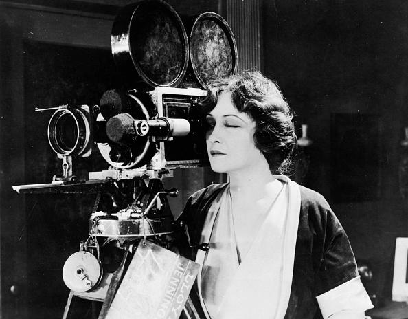 Film Industry「Camera Woman」:写真・画像(13)[壁紙.com]