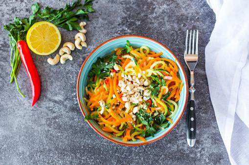 Zucchini「Garnished vegetable noodles in a bowl」:スマホ壁紙(15)