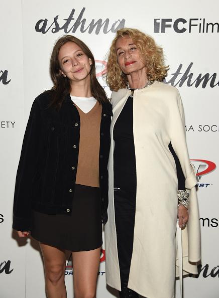 "Annabelle Dexter Jones「The Cinema Society And Northwest Host A screening Of IFC Films' ""Asthma"" -Arrivals」:写真・画像(10)[壁紙.com]"