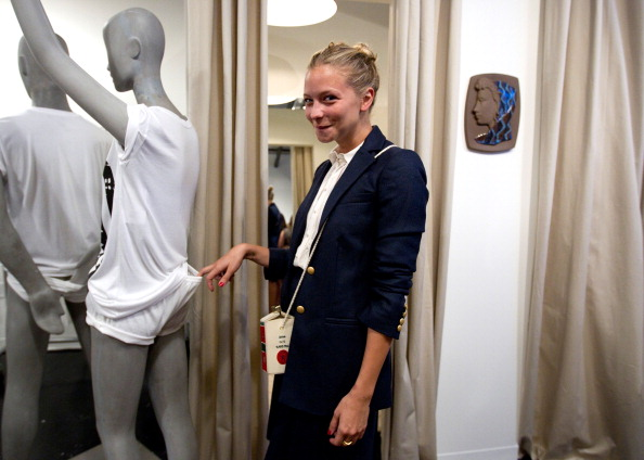 Annabelle Dexter Jones「ADAM New Store Opening And Fashion's Night Out Party」:写真・画像(9)[壁紙.com]