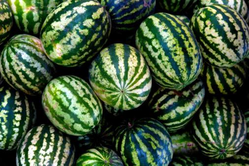 Watermelon「Heap of watermelons, close-up」:スマホ壁紙(14)
