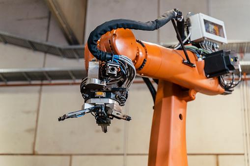 Robotics「Motor of robotic arm in manufacturing factory」:スマホ壁紙(18)