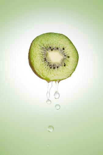 Kiwi「Fresh kiwi fruit」:スマホ壁紙(7)