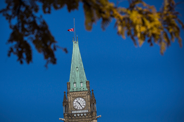 Nathan Cirillo「Ottawa On Alert After Shootings At Nation's Capitol」:写真・画像(19)[壁紙.com]