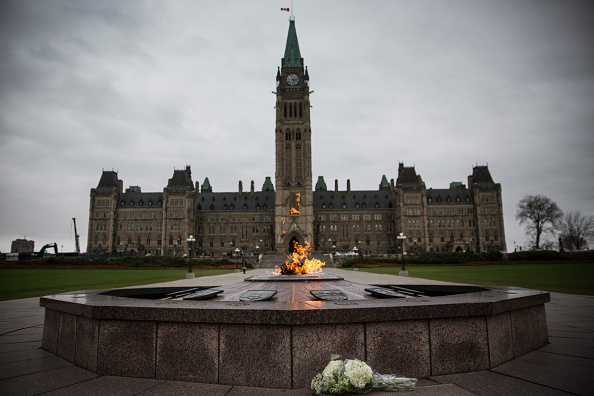 Nathan Cirillo「Ottawa On Alert After Shootings At Nation's Capitol」:写真・画像(14)[壁紙.com]