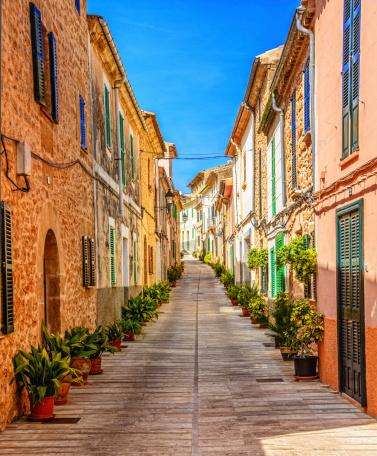 Alley「Street in Alcudia (Mallorca)」:スマホ壁紙(18)