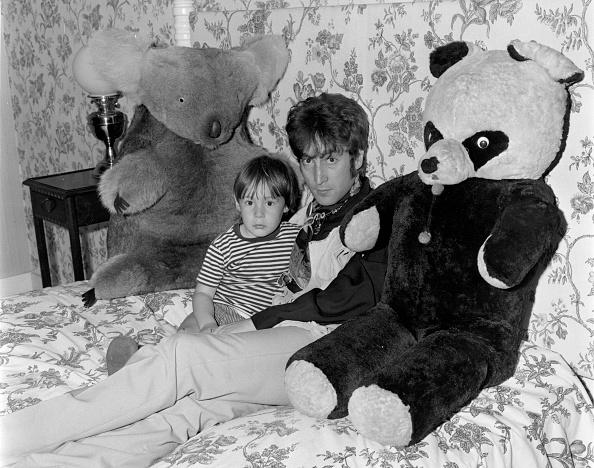 Fame「John & Julian」:写真・画像(6)[壁紙.com]