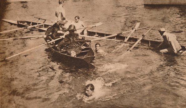 Misfortune「The University Boat Race, March 1912 (1935). Artist: Unknown.」:写真・画像(14)[壁紙.com]