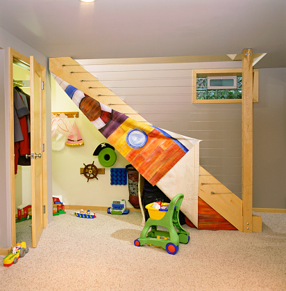Basement「Finished Basement with Play Space Under Stairs」:スマホ壁紙(19)