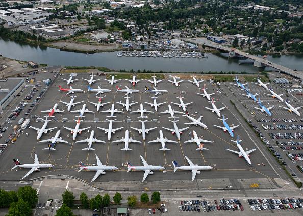 トピックス「Grounding Of Boeing 737 MAX Planes Extended As New Flaw In Software Is Found」:写真・画像(13)[壁紙.com]