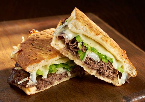Beef「Philadelphia Cheese Steak Panini」:スマホ壁紙(7)