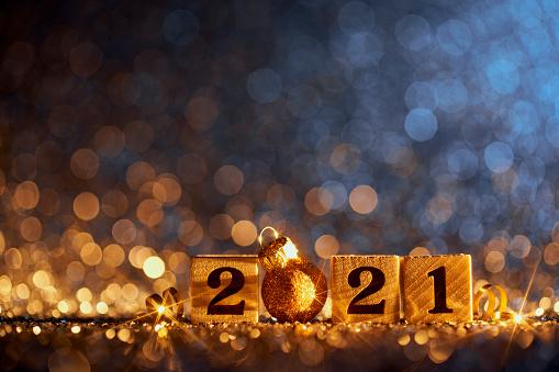 大晦日「ゴールデン新年2021クリスマスの装飾 - ブルーパーティーセレブレーションウッドキューブ」:スマホ壁紙(7)