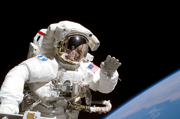 Outer Space「Astronaut Tanner On Space Walk」:写真・画像(4)[壁紙.com]