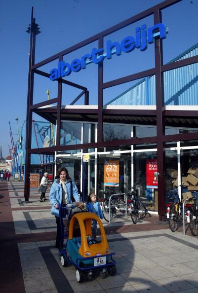 Netherlands「Dutch Supermarket Chain Ahold Announce Accounting Irregularities」:写真・画像(4)[壁紙.com]