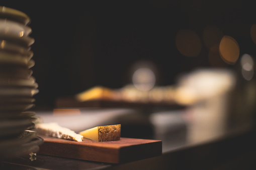 Serving Food and Drinks「Cheese Board」:スマホ壁紙(12)