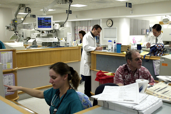 Insurance「Health Professionals Return To Work In Pennsylvania」:写真・画像(14)[壁紙.com]