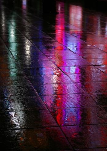 Paving Stone「Wet Pavement At Night」:スマホ壁紙(1)