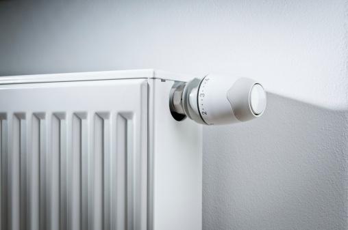 Machine Valve「Modern white radiator with thermostat reduced to economy mode」:スマホ壁紙(8)