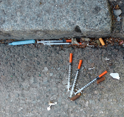 British Columbia「hypodermic needles」:スマホ壁紙(6)
