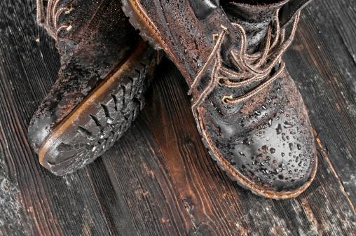 Shoe「Wet hiking boot」:スマホ壁紙(18)