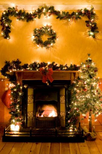 Christmas Lights「Christmas fireplace」:スマホ壁紙(1)