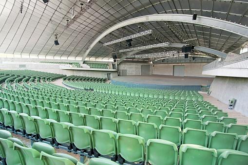 Stadium「Large Empty Auditorium」:スマホ壁紙(4)