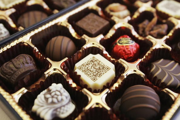 Box - Container「Two-dimentional Code Printed On Chocolate For Mobile Phone Users」:写真・画像(19)[壁紙.com]