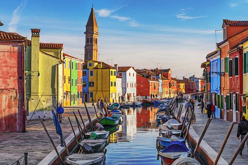 Canal「Burano, Venice, Italy」:スマホ壁紙(12)