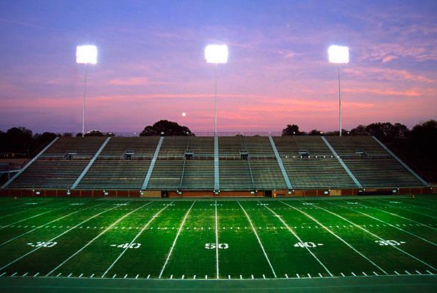 Empty football stadium.:スマホ壁紙(壁紙.com)