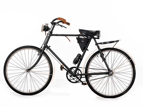 1900「1900 James Pedal Cycle」:写真・画像(1)[壁紙.com]