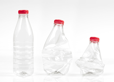 Destruction「Empty plastic bottles」:スマホ壁紙(14)