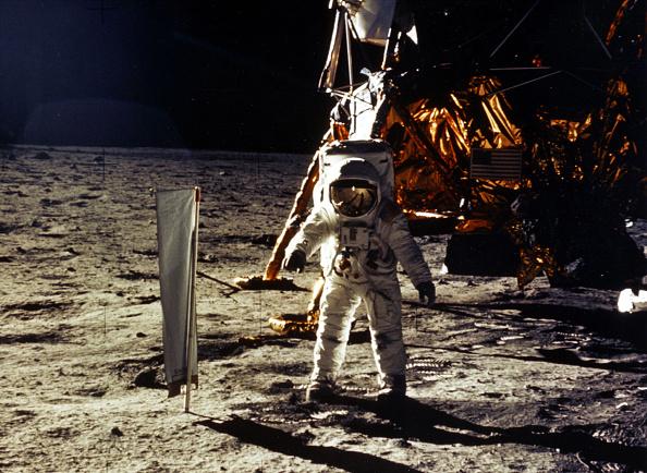 Moon「30th Anniversary of Apollo 11 Moon Mission」:写真・画像(10)[壁紙.com]