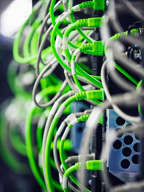 Close up of wires on computer server:スマホ壁紙(壁紙.com)