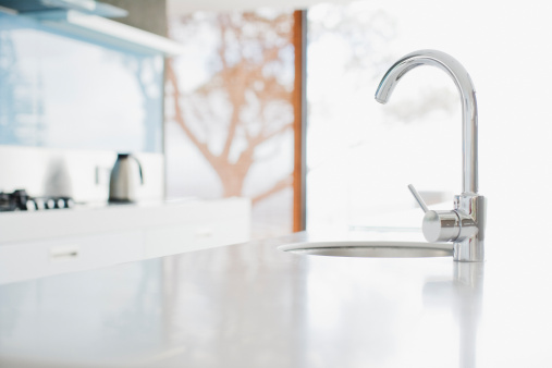 Sink「Close up of modern kitchen faucet and sink」:スマホ壁紙(0)