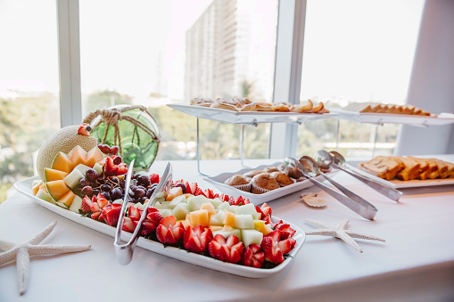 Sweet Food「Close up of fruit and muffins at breakfast buffet」:スマホ壁紙(7)