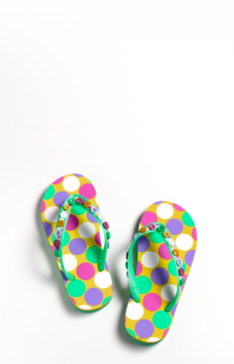 Flip-Flop「Close up of summer flip-flops with copy space」:スマホ壁紙(11)