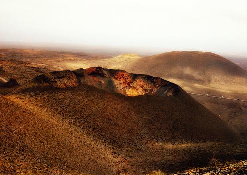 Volcano Islands「Volcano, Fire mountains, Timanfaya National Park, Lanzarote, Canary Islands, Spain」:スマホ壁紙(16)