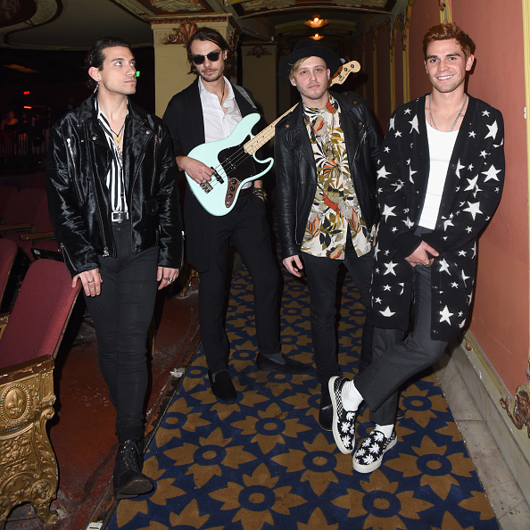 Boys「Teen Vogue's Young Hollywood Party, Presented By Snap - Inside」:写真・画像(13)[壁紙.com]