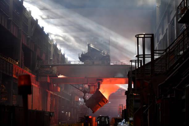 Steel「Steel Production At Salzgitter AG」:写真・画像(7)[壁紙.com]