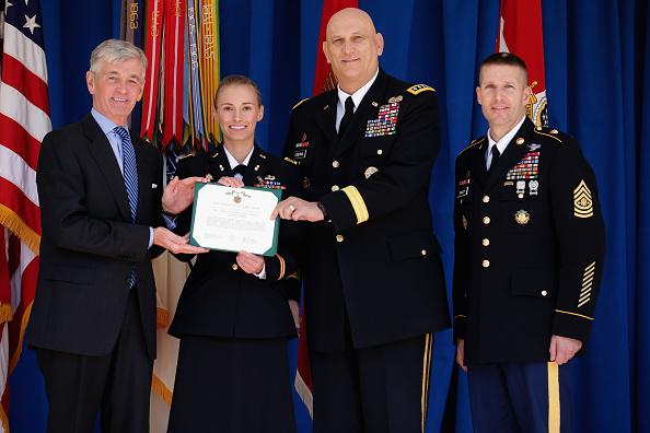 Daniel Gi「Pentagon Commences Sexual Assault Awareness And Prevention Month」:写真・画像(16)[壁紙.com]